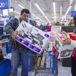 Tutti in coda e centri commerciali presi d'assalto, in America è Black Friday