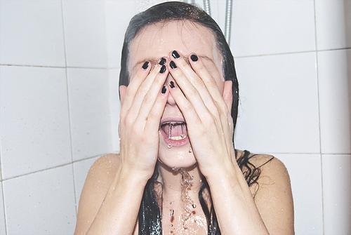 Cabina doccia su vasca con vasca e doccia insieme cose di casa e