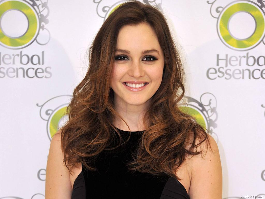 leighton-meester-in-promotion