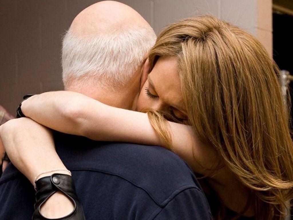 Celine dion abbraccia il marito la foto ricordo sui - Gemelli diversi foto ricordo ...