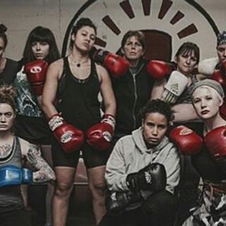 Le ragazze della boxe mettono ko il raduno 'pro-stupro'