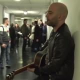 La festa di Radio Deejay, il backstage con Giuliano dei Negramaro