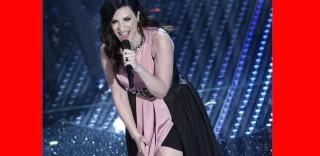 """""""Non riesco a dormire, è stato così bello!"""" Laura Pausini commenta così il suo #Sanremo2016"""