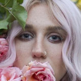 La nuova Kesha: il ritorno dopo la battaglia legale per stupro