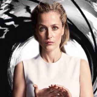 E se il prossimo 007 fosse una donna? Il web candida Gillian Anderson