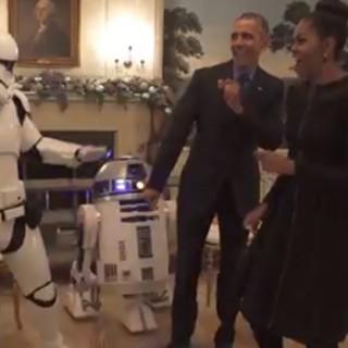 Obama celebra lo Star Wars Day ballando sulle note di 'Uptown Funk'