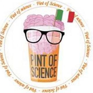 Divulgazione scientifica al pub, lezione dei ricercatori davanti a una birra