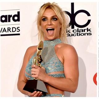 Da Britney a Kesha, i look da non perdere