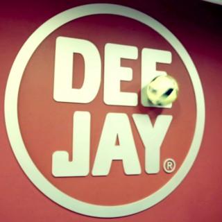 Torna (per una buona causa) la squadra di calcio di Radio Deejay