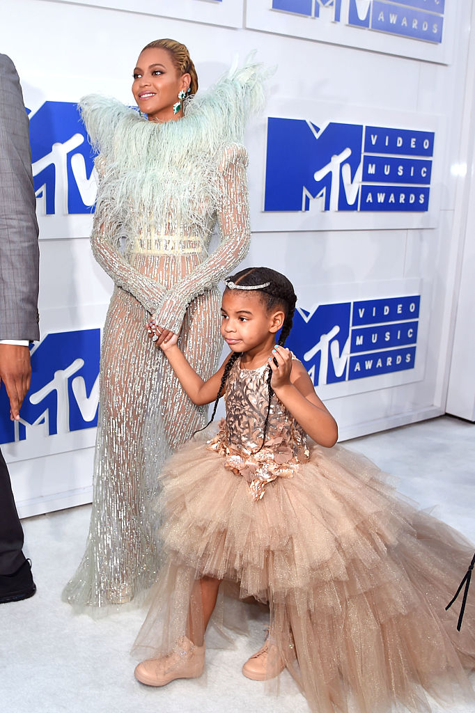 NEW YORK, NY - AUGUST 28: Beyonce and Blue Ivy attend the 2016 MTV Video Music Awards at Madison Square Garden on August 28, 2016 in New York City. (Photo by Larry Busacca/Getty Images)