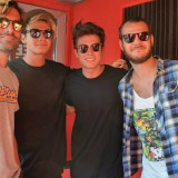 A Riccione musica, selfie e autografi: fan scatenati per Benji & Fede, Alessio Bernabei e Irama