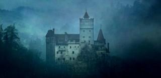 Volete passare la notte di Halloween nel Castello di Dracula in Transilvania? Il concorso di AirBnb