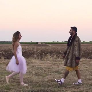 Il filmino di nozze è un remake di un video di Max Gazzè