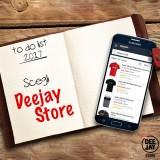 Inizia bene l'anno con il Deejay Store! Tanti articoli tutti firmati Radio Deejay: scegli quello che fa per te.