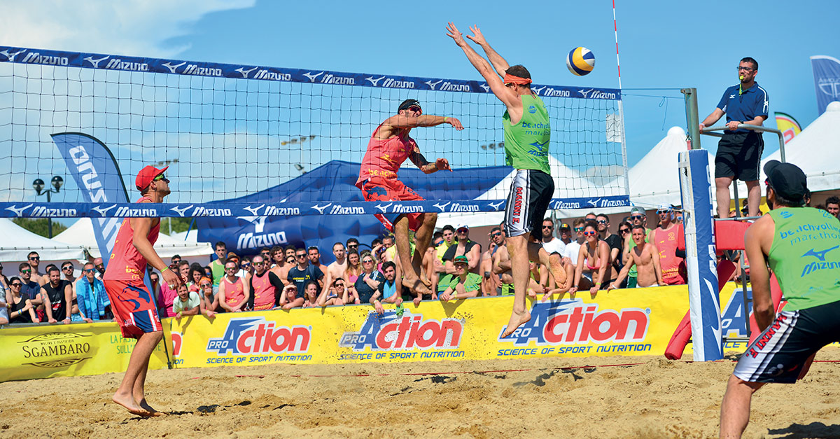 Radio Deejay partner del Mizuno Beach Volley Marathon: vieni a giocare con noi!