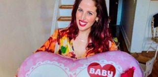 Clio Make Up è incinta: la rivelazione social tra palloncini, pancione e lacrime di gioia