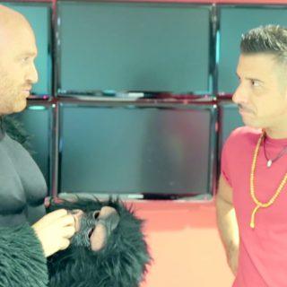 """Ruzy Zerbi """"in scimmia"""" per Francesco Gabbani"""