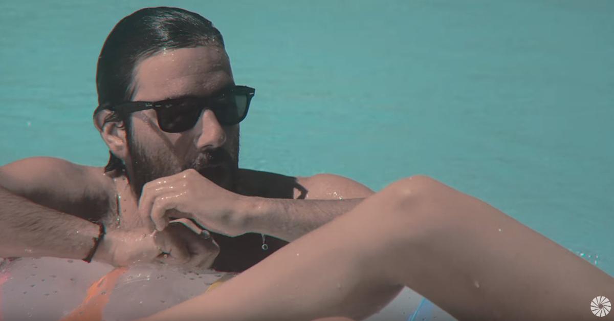 Riccione, l'estate senza tempo dei Thegiornalisti: il video