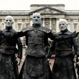 """""""L'inverno è arrivato"""" a Londra: gli estranei di Game of Thrones invadono la City"""