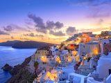 5. Santorini, Grecia