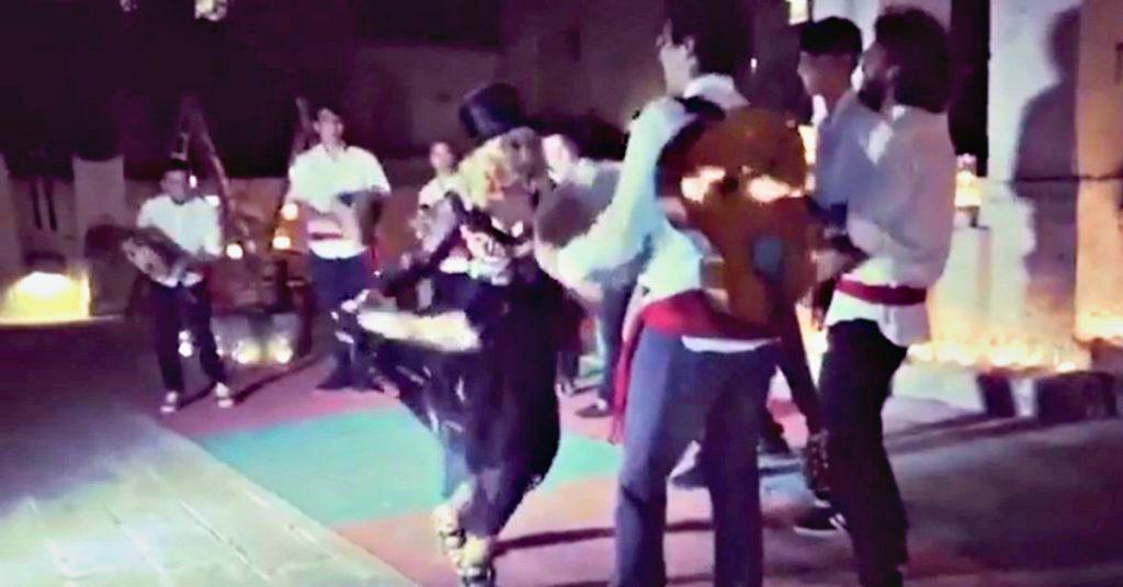 Madonna In Puglia Video E Foto Del Compleanno Radio Deejay