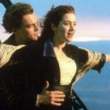 Jack e Rose 20 anni dopo: la foto di Leonardo DiCaprio e Kate Winslet a bordo piscina