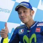 """Rossi terzo con la gamba rotta, partirà dalla prima fila: """"Sorpreso e felice. Grazie mamma"""""""