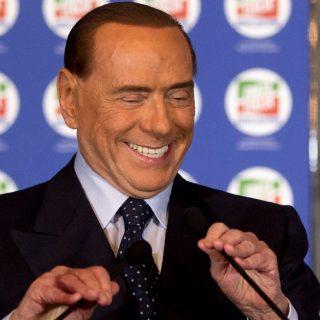 """Berlusconi: """"Ho insegnato i preliminari agli africani"""""""