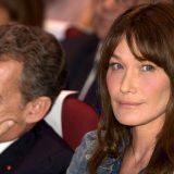 """Carla Bruni: """"Con mio marito sesso fantastico"""". Ecco come tiene alto il desiderio di Sarkozy"""