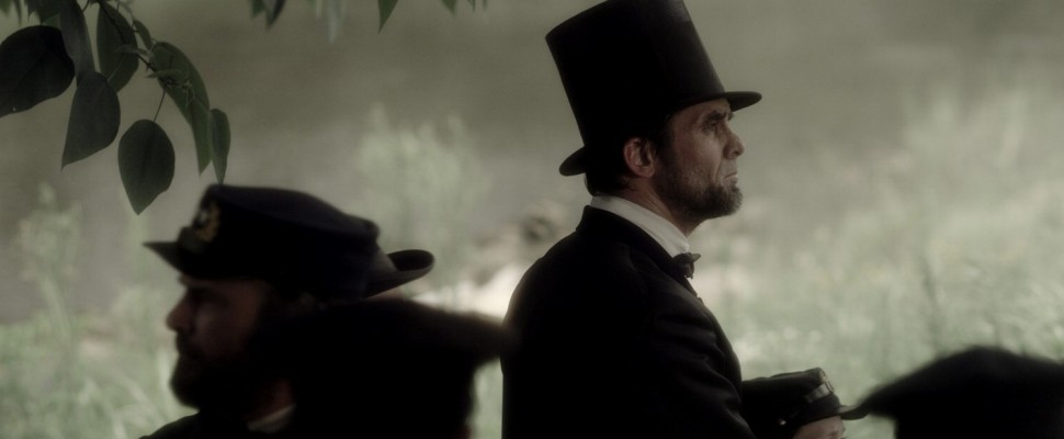 Killing Lincoln, Tom Hanks va in tv