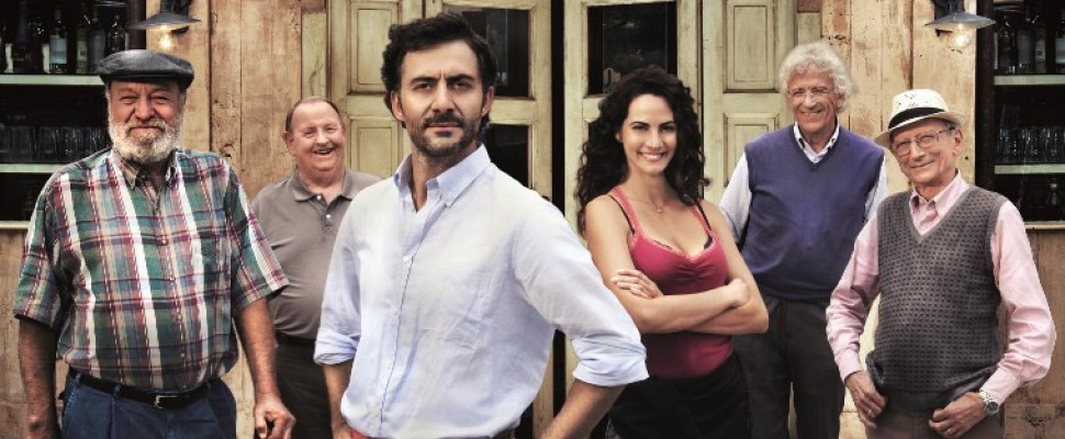 I delitti del BarLume di Marco Malvaldi diventano una serie tv per Sky con Filippo Timi