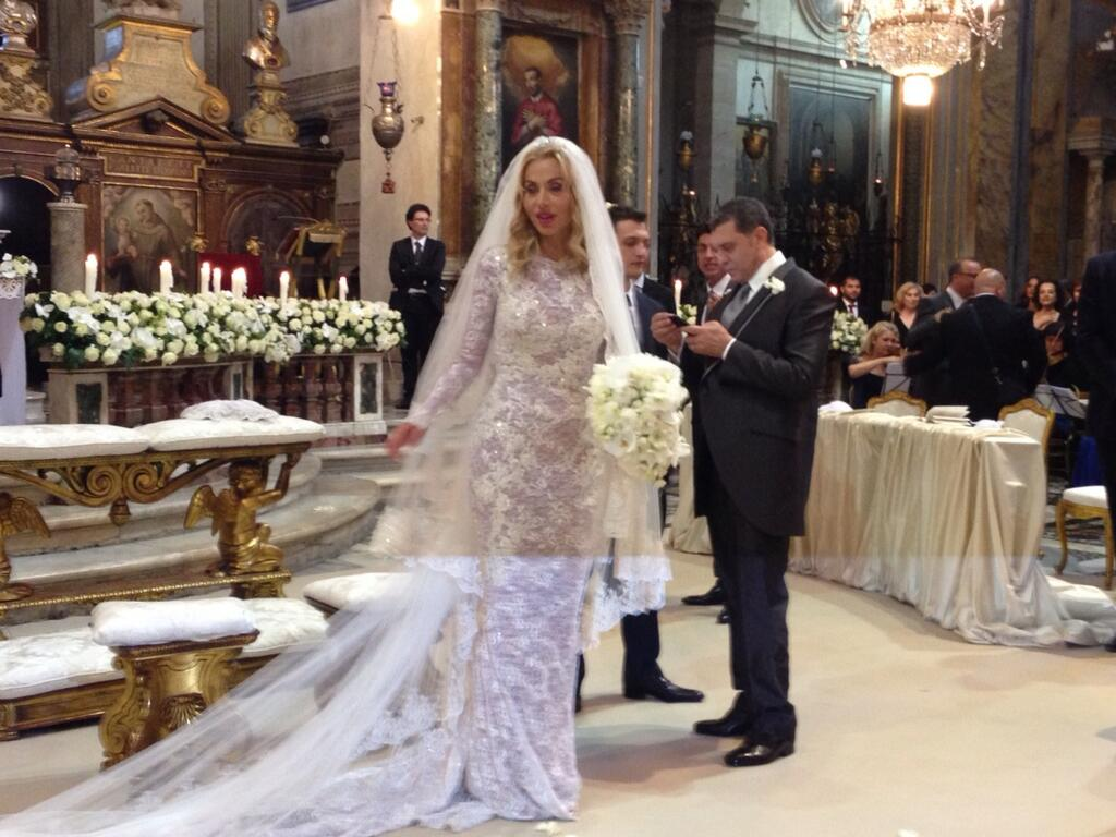 Matrimonio In Giordania : Valeria marini 'matrimonio non consumato così chiederà