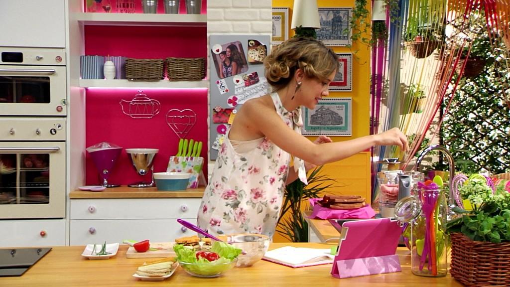 angie e le ricette di violetta, la cucina per i teenagers  tvzap, Disegni interni
