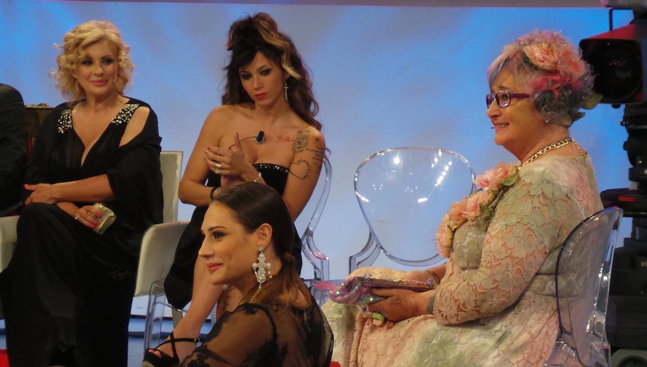 Uomini e Donne Rema nonna Beatrice Valli