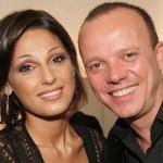 Anna Tatangelo e Gigi D'Alessio di nuovo insieme a un matrimonio cantano per gli sposi