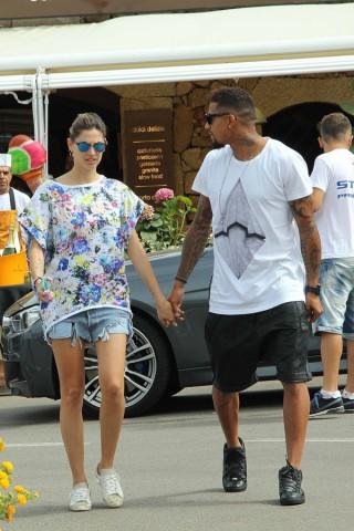 Melissa Satta e Boateng, relax a Porto Cervo