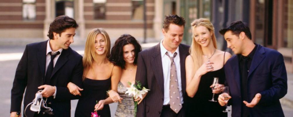 Friends, Lisa Kudrow gela i fan: 'Una reunion? Che noia'