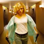 Scarlett Johansson, manca poco al parto e al matrimonio: 'Non credo alla monogamia'