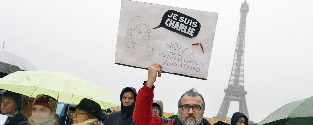 Ascolti tv, la strage di Parigi mobilita i telespettatori, bene sui social Chi l'ha visto?