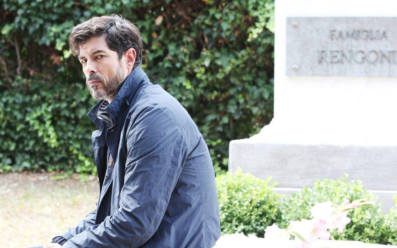 Una grande famiglia 3, Edoardo torna per i funerali del padre: anticipazioni
