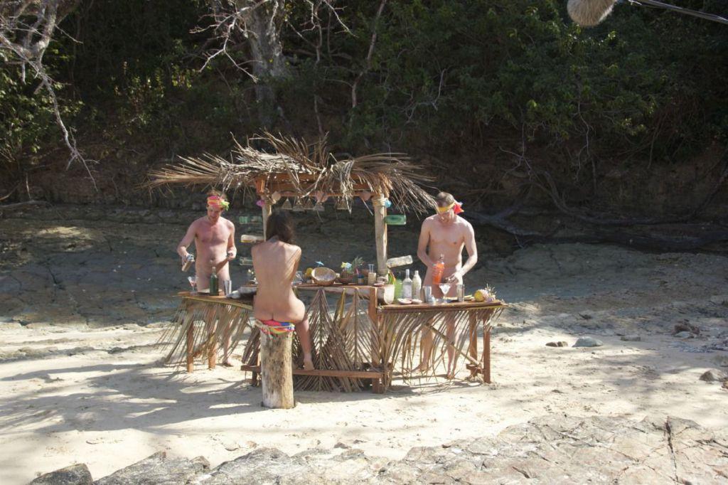 DEEJAY TV_L'Isola di Adamo ed Eva