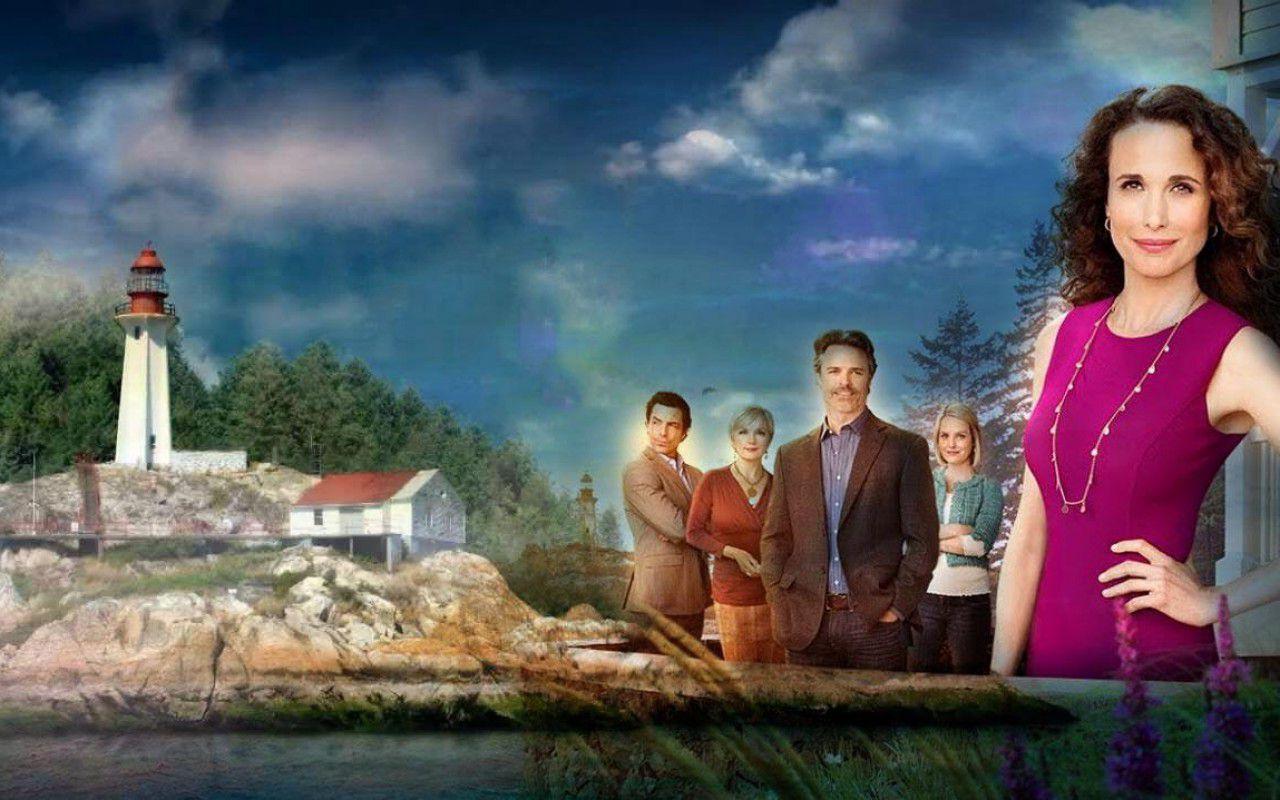 Cedar Cove, Andie MacDowell è il giudice Olivia Lockhart tra soap e giallo