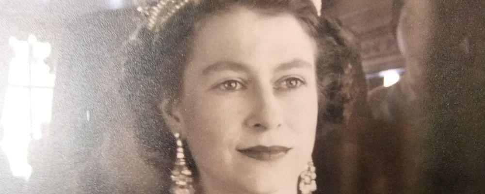 Netflix, nasce The Crown: la grande serie sulla vita della Regina Elisabetta