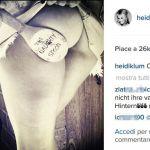 Heidi Klum provoca sul web facendosi sculacciare il lato B