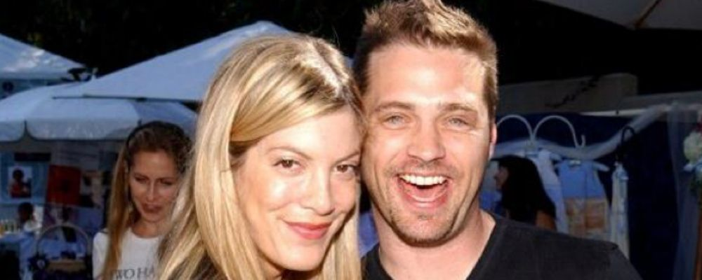 """Tori Spelling, la Donna di Beverly Hills 90210: """"Ho avuto una storia con Brandon"""""""