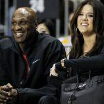 Khloe Kardashian a fianco dell'ex marito Lamar Odom cancella il divorzio