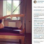 Elena Santarelli bellissima mentre fa pilates in gravidanza