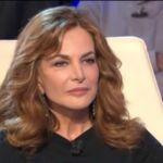 La vita in diretta, Giuliana De Sio provoca Cristina Parodi: 'Mi annoio'