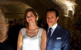 Stefano Accorsi a 'C'è posta per te': un divo dagli esordi a Radiofreccia al matrimonio con Bianca Vitali