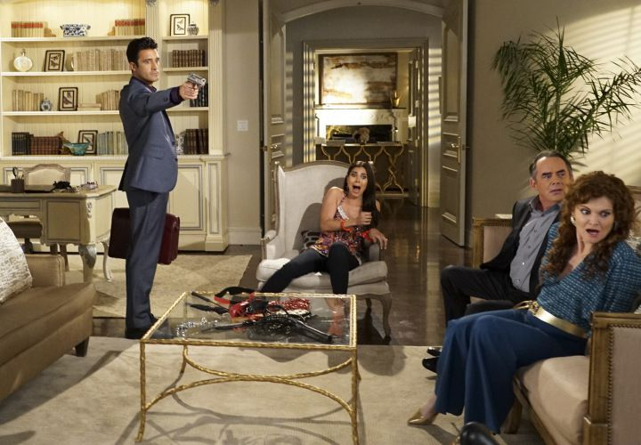 GILLES MARINI, ROSELYN SANCHEZ, TOM IRWIN, REBECCA WISOCKY_devious_maids